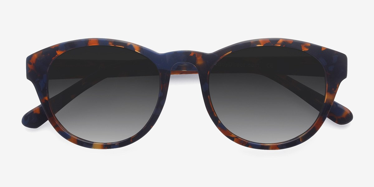 Our editors' favorite sunglasses trends of summer Sunnies trends change every year, and this year is all about being more adventurous, from geometric frames to brow bar silhouettes.