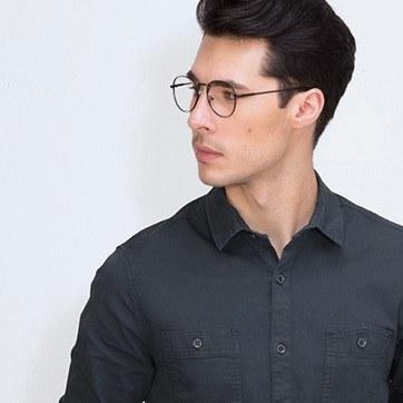 Black Shanghai -  Classic Metal Eyeglasses - model image
