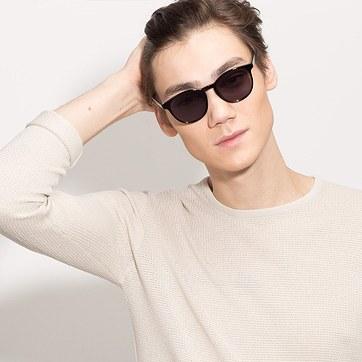 Black Deja vu -  Plastic Sunglasses - model image