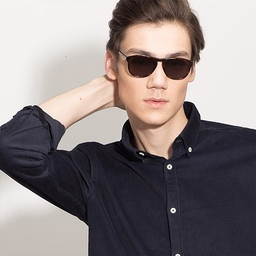 Tortoise Silt -  Acetate Sunglasses - model image