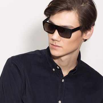 Black Tortoise Fresh -  Acetate Sunglasses - model image