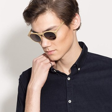 Yellow Air -  Wood Texture Sunglasses - model image