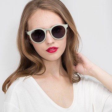 Pistachio Oasis -  Plastic Sunglasses - model image