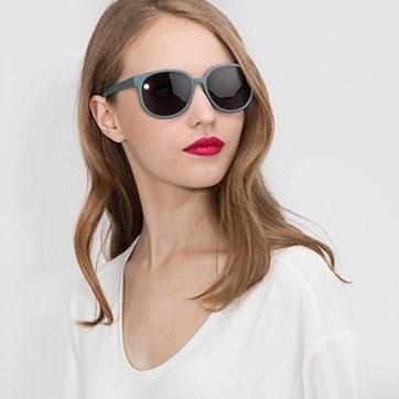Matte Green Dundee -  Plastic Sunglasses - model image