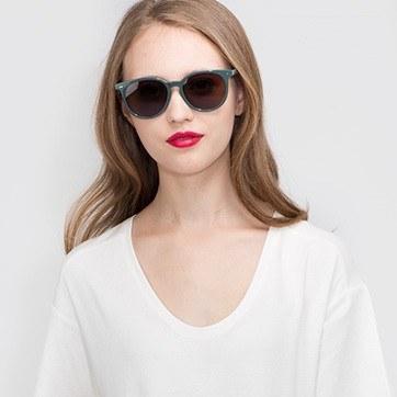Gray Meraki -  Acetate Sunglasses - model image