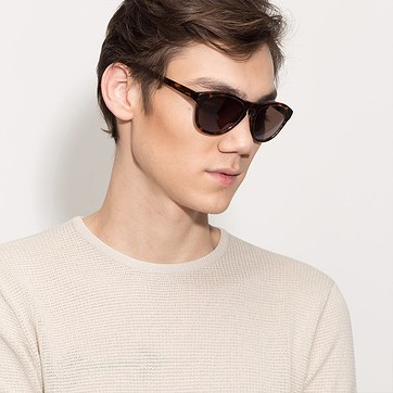Light Brown Enzo -  Wood Texture Sunglasses - model image