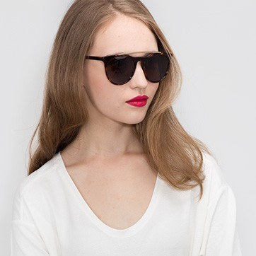 Tortoise Miami Vice -  Acetate Sunglasses - model image