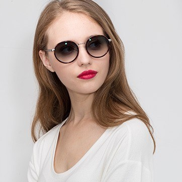 Tortoise Lady Bird -  Acetate Sunglasses - model image