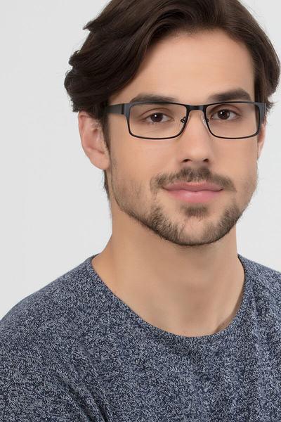 Elliot - men model image