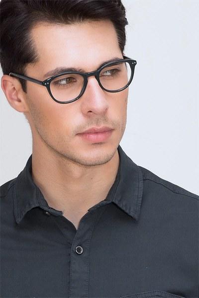Runaway - men model image