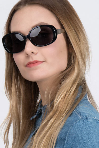 Lauren - men model image