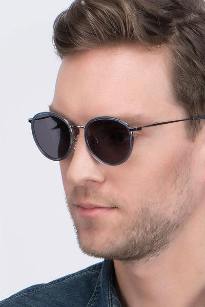 Reves - men model image