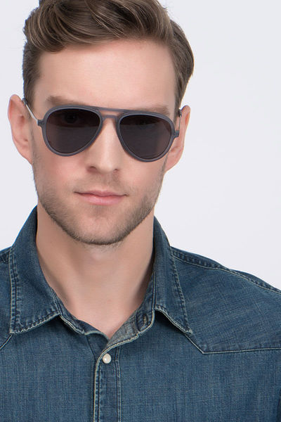 Riot - men model image